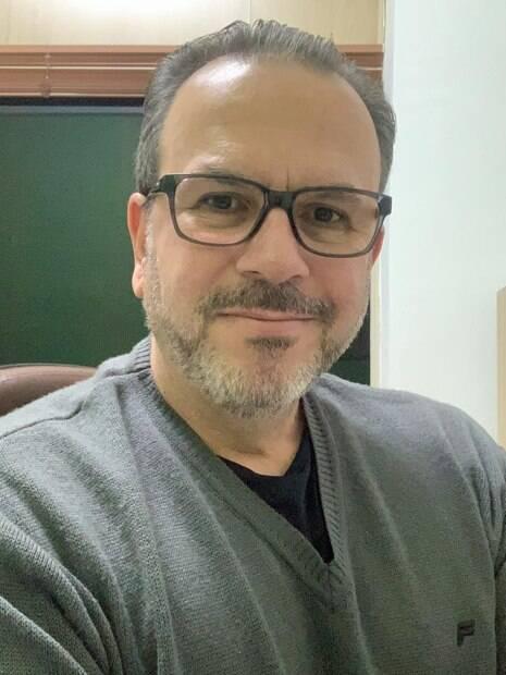 O Contador e mestre em Administração, Marcelo Rocha, orienta que é possível fazer a própria declaração%2C exceto em casos de complexidades.