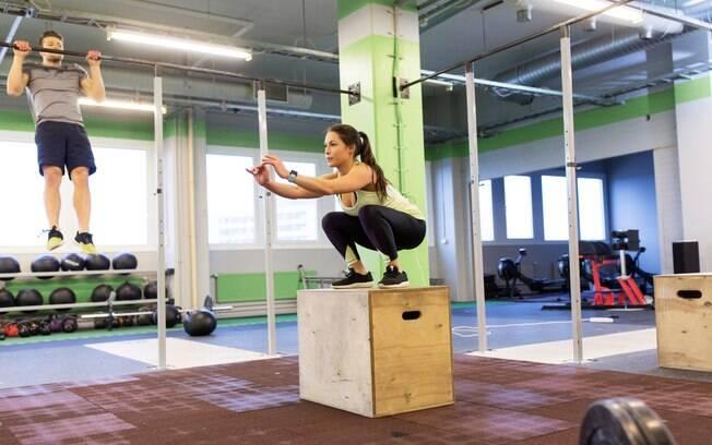 Os exercícios são de muito impacto e podem prejudicar as articulações, por isso é bom ter cuidado ao praticar