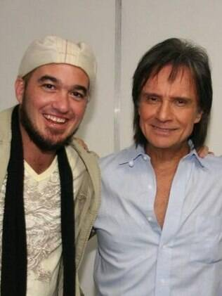 Roberto Carlos com Alexandre Pessoal, filho de Erasmo Carlos