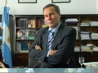 Alberto Nisman investigava o ataque terrorista dos anos 1990 havia dez anos; ele foi encontrado morto na Argentina