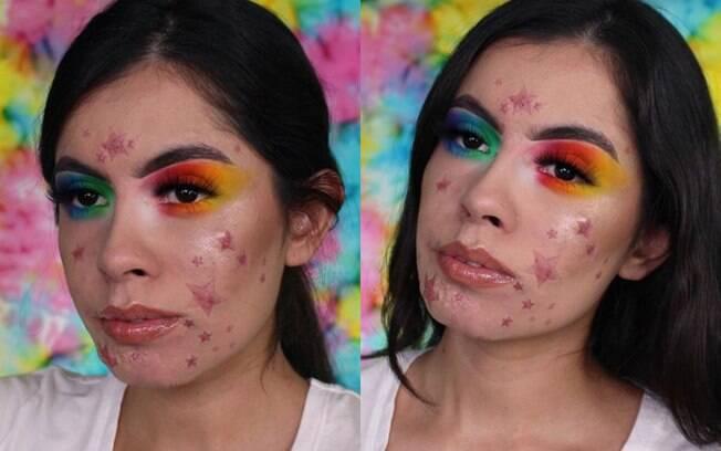 A maquiadora Rocio Cervantes cobriu as espinhas no rosto com estrelas para mostrar que elas não são um problema