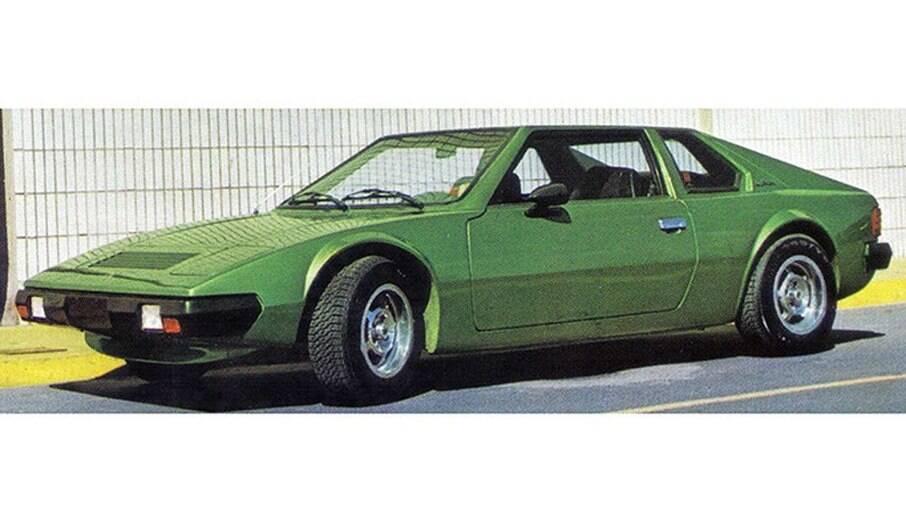 O Beta surgiu em 1984, equipado com motores GM 1.8 (86 cv) e 2.0 (110 cv) do Monza.