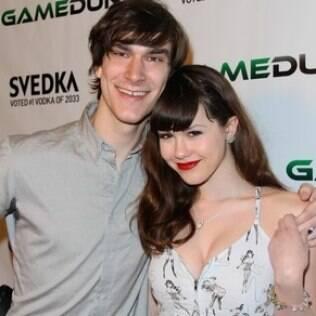 Marston Hefner e a namorada, Claire Sinclair