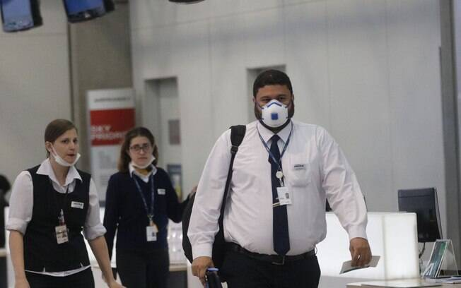 Coronavírus muda rotina nos aeroportos