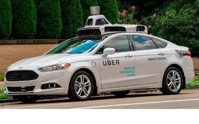 Ford Fusion autônomo da Uber em testes em Pittsburg, na Califórnia (EUA)