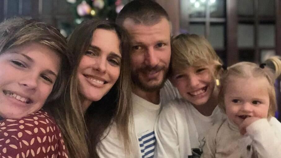 Fernanda Lima, Rodrigo Hilbert e os filhos