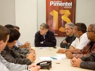 Fernando Pimentel participa de reunião com lideranças, em Cláudio, no dia 28/7/2014