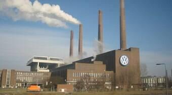 Volkswagen dá férias coletivas para 2,2 mil funcionários