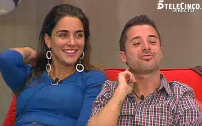 A apresentadora do reality espanhol dá as boas vindas á ex-bbb Laisa
