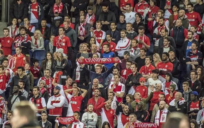 Monaco leva goleada do Paris Saint-Germain por 7 a 1 fora de casa