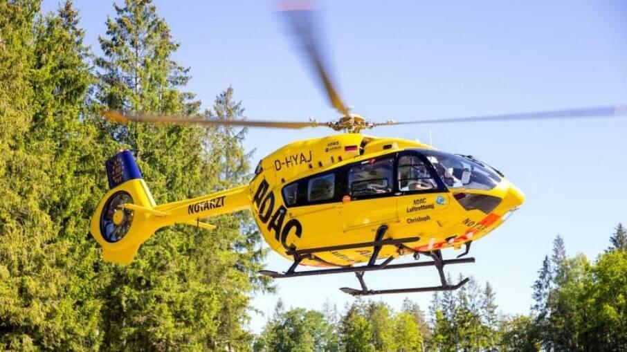 Helicoptero movido a bicombustível que inclui querosene de aviação e 50% de óleo de cozinha usado na composição