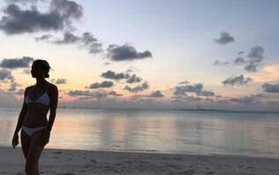 Gwyneth Paltrow exibe corpão em clique raro de biquíni e enlouquece a internet