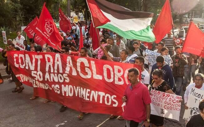 Manifestação em São Paulo reuniu dezenas de pessoas. Foto: Reprodução/Facebook