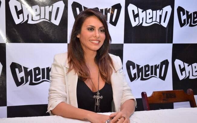 Alinne Rosa anuncia que deixará a banda Cheira de Amor
