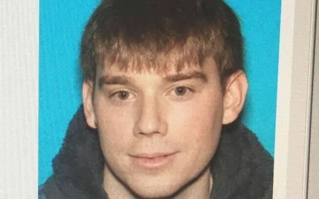 Polícia de Nashville, no Tennessee, pediu ajuda da população para encontrar o suspeito Travis Reinking
