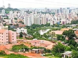 Edifícios.Vila Viva também dedica verba para novas habitações