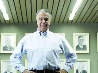 Profissionalização. Aguinaldo Diniz Filho passou a presidência da Cedro a executivo de fora da família