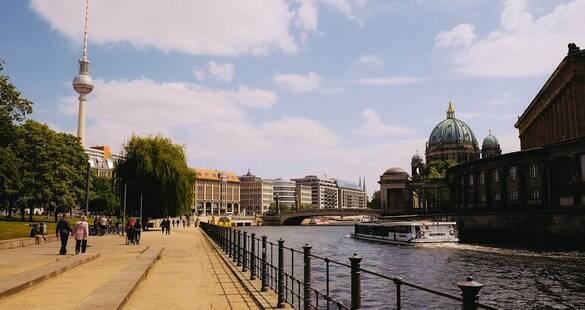 Berlim vista do alto: explore a Torre de Televisão e observe toda a cidade
