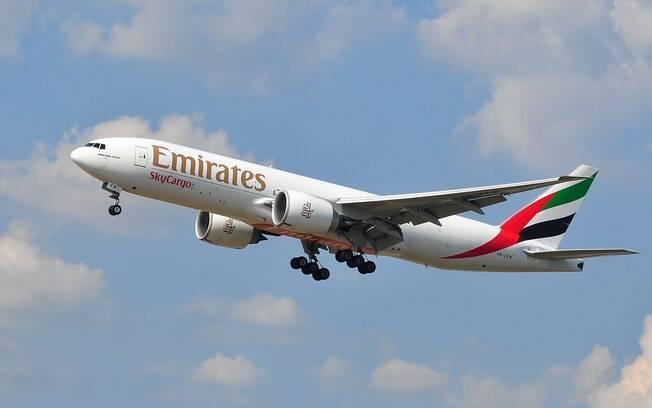 Em nota, a Emirates informou que a mulher foi retirada do voo porque aquela era uma