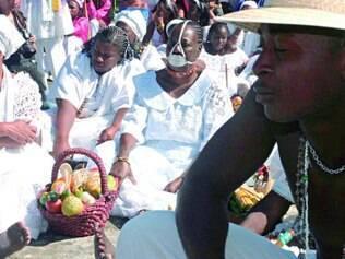 Tradição.   Na Festa da Abolição acontecem apresentações de batuque e jongo, exposição de fotografias, guardas de congo e Moçambique, celebração eucarística e diversas danças.