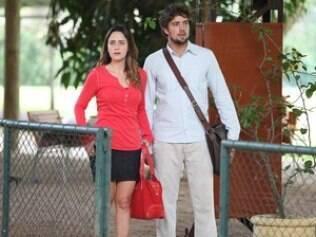 Rodrigo surpreende Ana