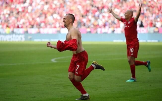 Robben e Ribéry fizeram a última partida pelo Bayern de Munique