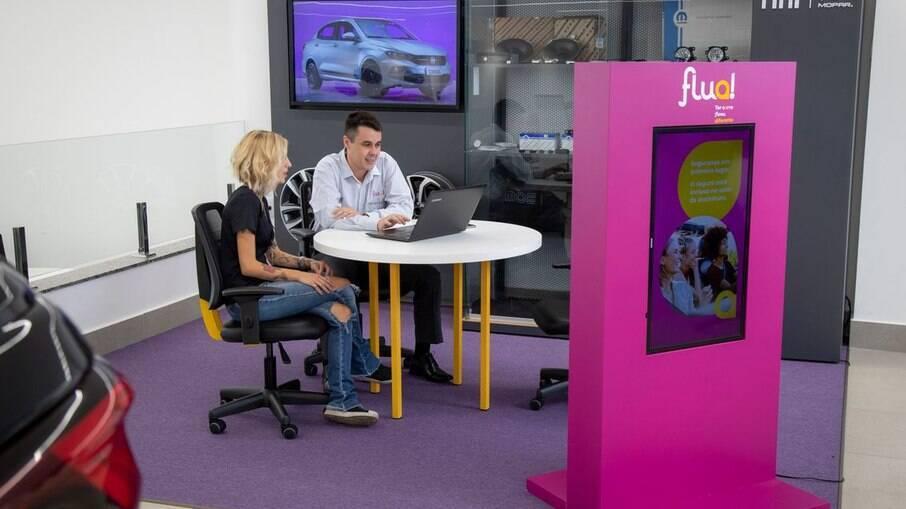 Serviço Flua! oferece modelos da Fiat e da Jeep em 32 concessionárias, com planos a partir de R$ 1.350 por mês