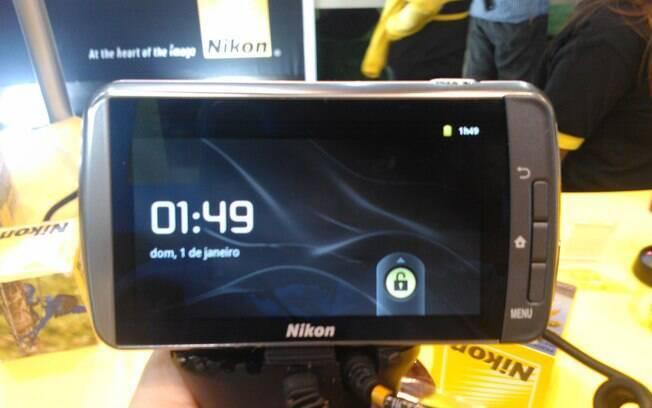 Primeira câmera do mundo com sistema Android, S800c será vendida no Brasil por R$ 2,5 mil