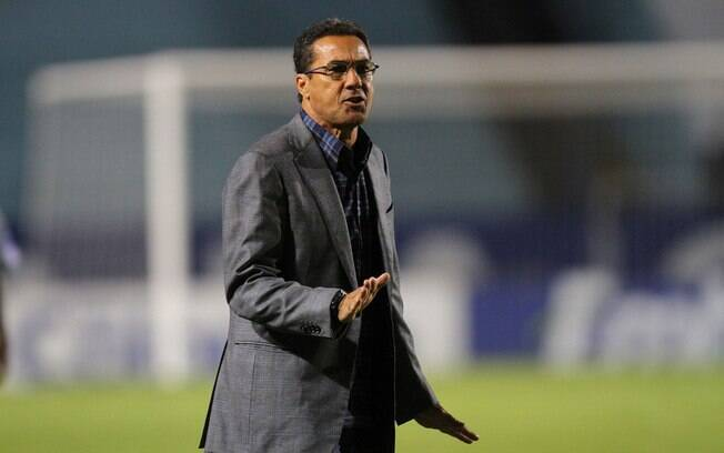 Vanderlei Luxemburgo está invicto em oito  jogos no Grêmio