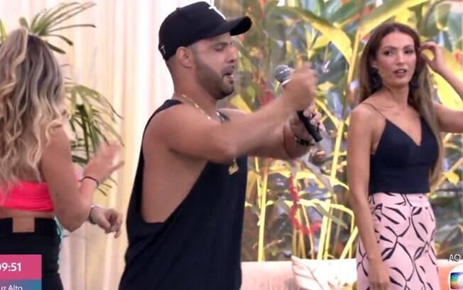 Patrícia Poeta dança 'Tudo Ok' no