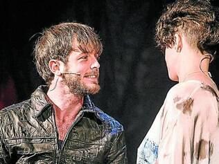 Talento. Destaques no musical, Emerson Espíndola e Tacy Campos se apresentam em Belo Horizonte amanhã com sua nova banda, a Quarto 14