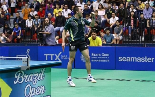 Hugo Calderano vibra após conquistar mais uma vitória em sua carreira