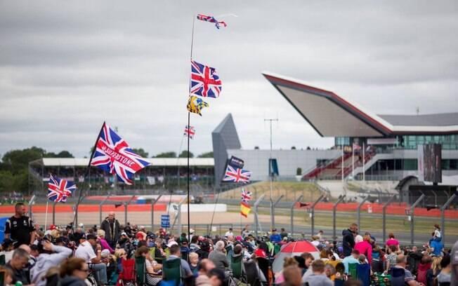 GP da Inglaterra registrou maior público da temporada: 140 mil pessoas
