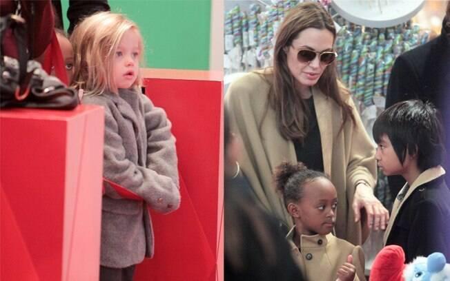 Na esquerda, Shiloh, de 5 anos. Na direita, Angelina Jolie com Zahara, de 6 anos e Pax, de 8.