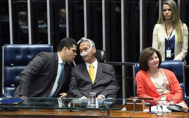 Presidente do Senado, Davi Alcolumbre (DEM-AP), o general Villas Bôas e a procuradora-geral da República, Raquel Dodge