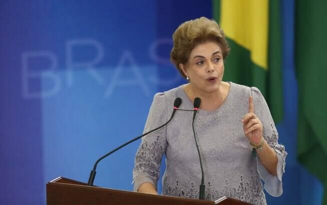 A presidente Dilma Rousseff durante encontro com grupo de juristas na última terça-feira