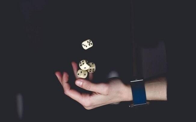 Saia da estagnação: Simpatias para atrair sorte no que deseja