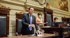 Bolsonaro dialoga com a morte, diz Paes ao defender vacinação de adolescentes