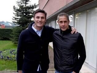 Após experiência como auxiliar-técnico em clubes como Cruzeiro, Sport e Náutico, Sylvinho chega para trabalhar na Itália