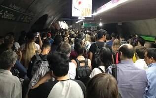 Incidente com cadeira de rodas provoca tumulto na linha 4-Amarela do Metrô de SP