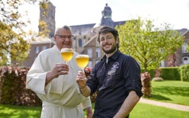 Abadia de Grimbergen volta a fabricar cerveja pela primeira vez em mais de 200 anos, marcando um novo capítulo para a cerveja belga