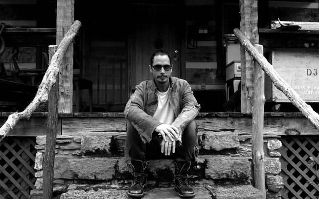 You Never Knew My Mind, de Chris Cornell, é a primeira faixa do projeto