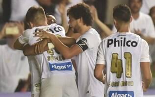 Santos e Fluminense vencem bem; Corinthians perde da Chape na Copa do Brasil