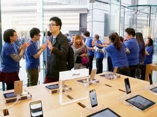 Loja da Apple em Pequim: China deve liderar vendas de smartphones