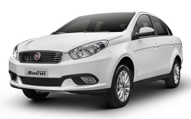 Fiat Grand Siena muda grade frontal e fica mais caro na linha 2017. Agora parte de R$ 50.750.