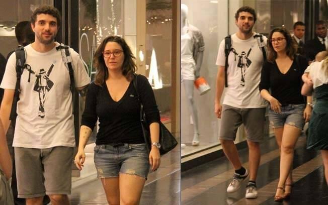 Maria Rita e Davi Moraes passeiam juntos por shopping nessa quarta-feira (04)