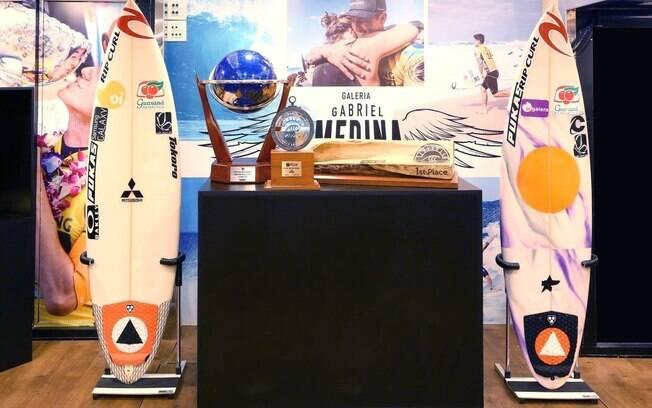Exposição com itens de Gabriel Medina, como troféus, será exposta em caminhão que viajará seis cidades
