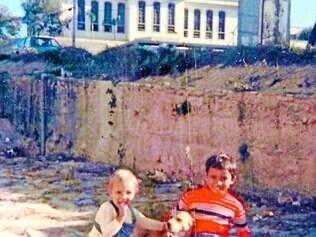 História.   Daniela e o irmão viveram onde hoje se localiza o Centro Cultural de Contagem