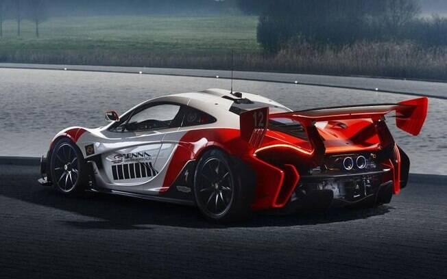 Todas as McLaren P1 GTR são arrasadoras no design, mas certamente este exemplar leva o título