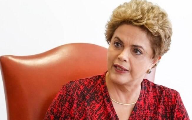 Presidente Dilma Rousseff durante entrevista para veículos da imprensa internacional